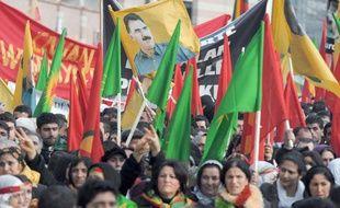 Manifestation à Strabourg de membres de la communauté kurde réclamant la libération du fondateur du PKK, Abdullah Öcalan, le 12 février 2011.