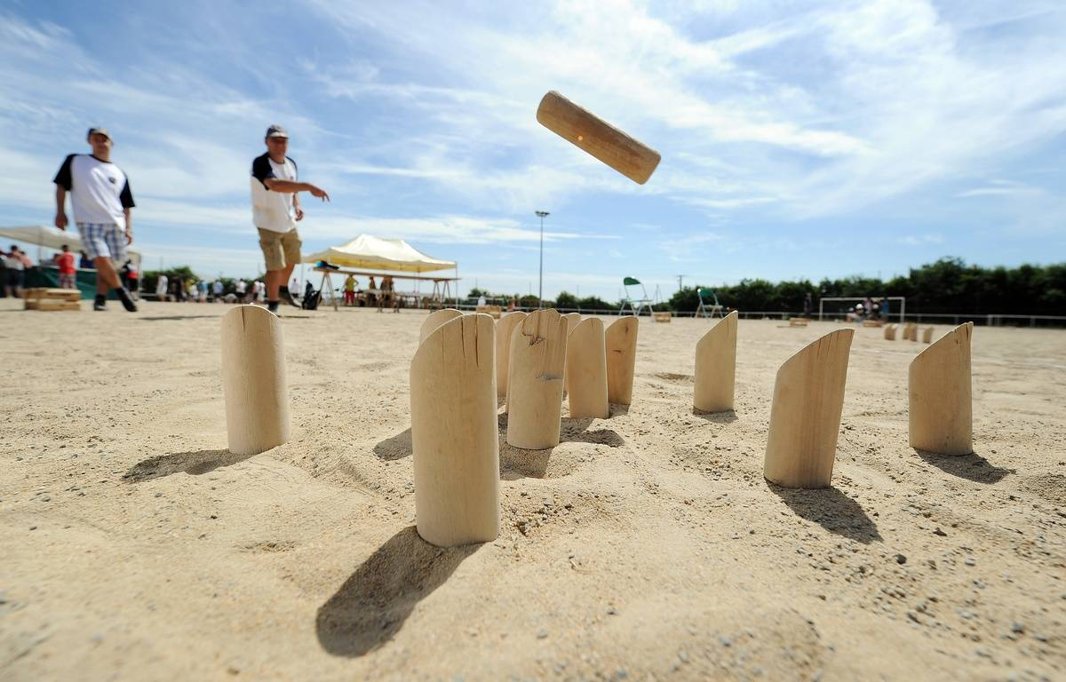 La France est le pays où l'on joue le plus au Mölkky.  – JEAN-SEBASTIEN EVRARD / AFP