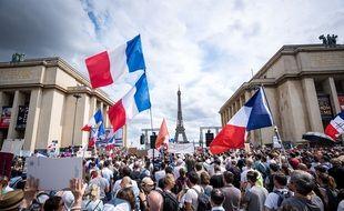 Quelque 11.000 personnes ont manifesté à Paris et 161.000 en France, ce samedi, pour faire part de leur opposition à l'extension du pass sanitaire pour lutter contre le coronavirus.