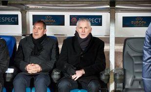 René Lobello (à g.) aux côtés de Francis Gillot lors du match entre les Girondins de Bordeaux et le Dynamo Kiev, le jeudi 21 février 2013.
