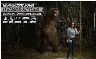 Une des trois affiches de la campagne d'Ile-de-France Mobilités pour lutter contre le harcèlement sexuel dans les transports en commun.