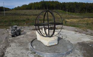 La sculpture apparue sur le site de Sivens quelques jours avant le premier anniversaire de la mort de Rémi Fraisse.