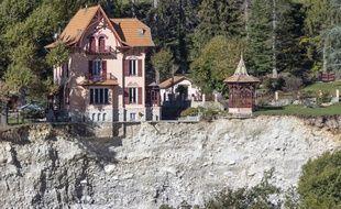 Des habitations menacent de s'effondrer à Saint-Martin-Vésubie