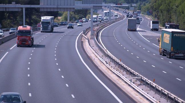Soupçonné d'avoir conduit à 207 km/h et sans permis sur une autoroute à 90