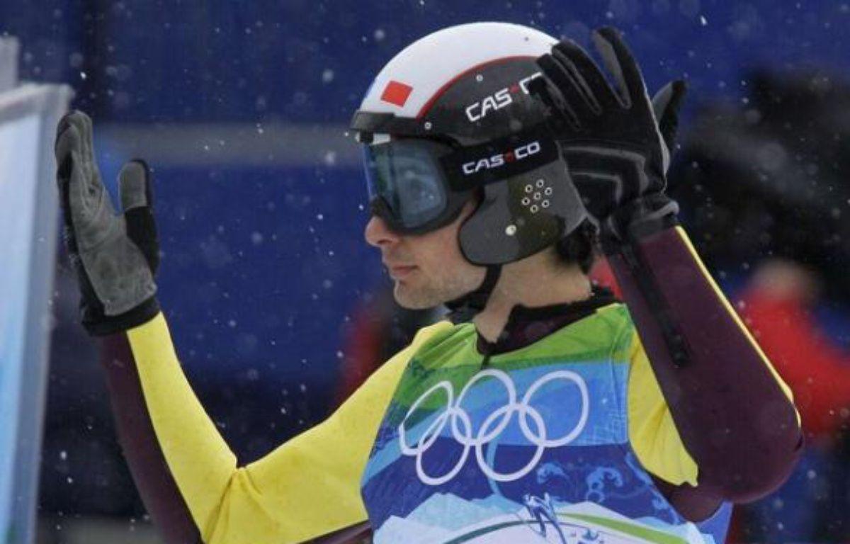 Jason Lamy-Chappuis à l'arrivée de son saut sur le grand tremplin, le 25 février 2010. – Dmitry Lovetsky/AP/SIPA