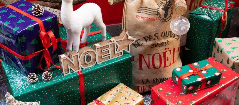 Illustration Noel, cadeaux de Noel, sapin de Noel. Paris, FRANCE-08/11/2019//04MEIGNEUX_meigneuxB002/1911080941/Credit:ROMUALD MEIGNEUX/SIPA/1911080949