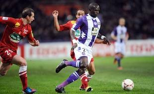Moussa Sissoko lors du match entre Toulouse et Brest le 27 octobre 2012.