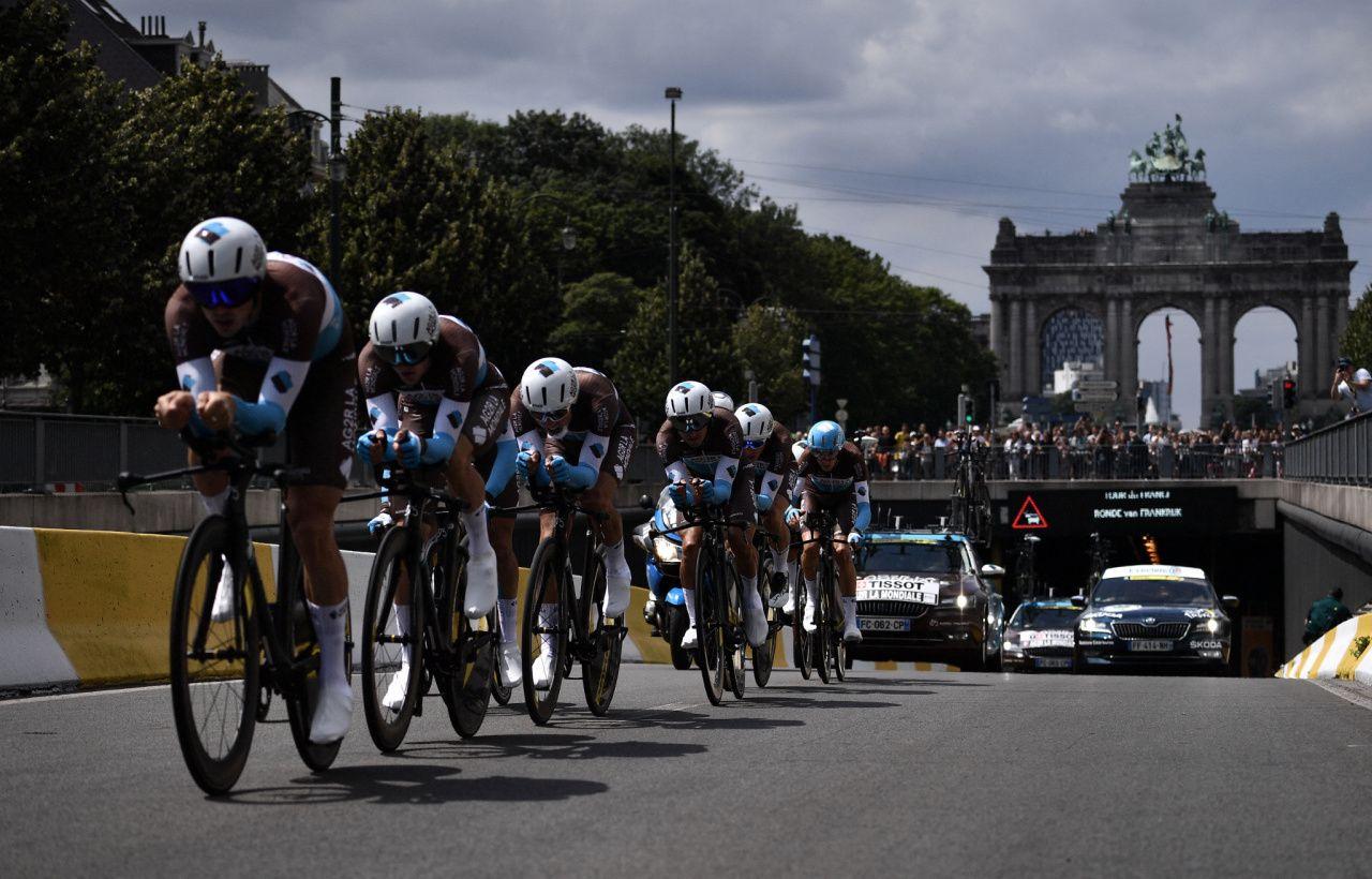 L'équipe AG2R lors du Tour de France 2019