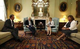 Boris Johnson, le premier ministre britannique, et Nicola Sturgeon, la première ministre écossaise, lors d'une rencontre à l'été 2019. (archives)
