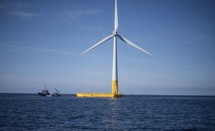 Illustration d'une éolienne offshore. Ici, au large du Croisic, en Bretagne.