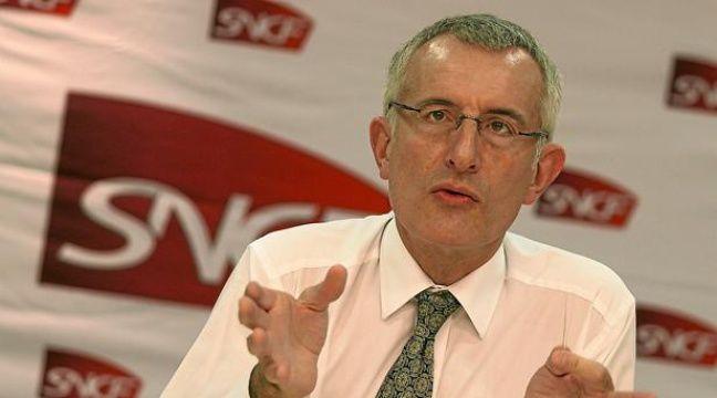 Guillaume Pépy, Président de la SNCF, donne une conférence de presse dans les locaux de la direction régionale àLille, le 9 novembre 2010. – M. LIBERT / 20 MINUTES