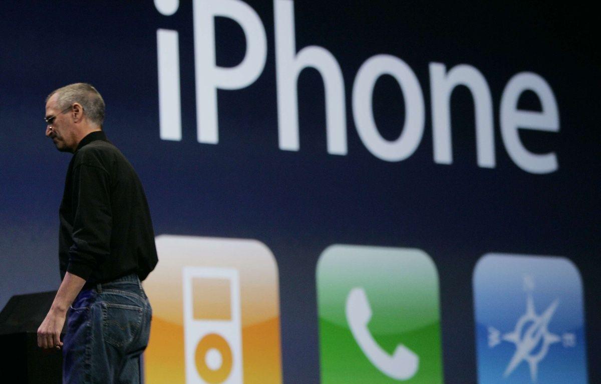 9 janvier 2007: présentation de l'iPhone bientôt surnommé le Jesus phone – PAUL SAKUMA/AP/SIPA