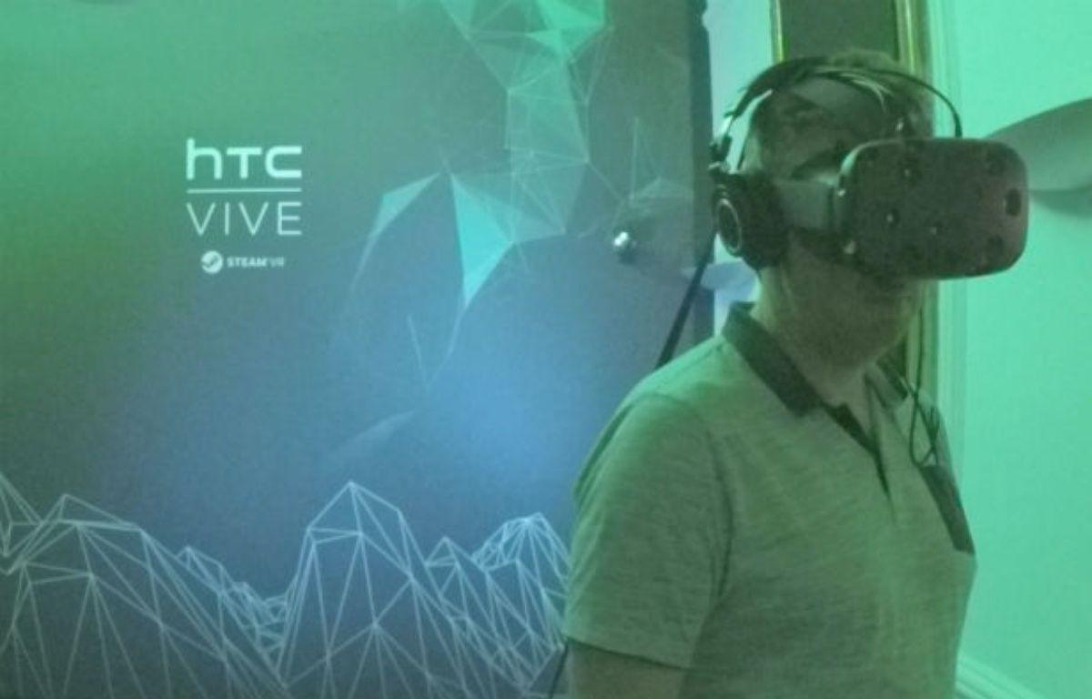 Une pièce de quelques mètres carrés, des capteurs, un casque VR et un PC gonflé à bloc sont nécessaires pour une expérience complète. – NVIDIA