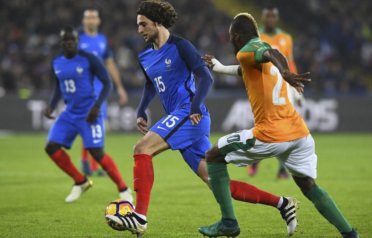 Adrien Rabiot lors de France-Côte d'Ivoire, le 15 novembre 2016. – FRANCK FIFE / AFP