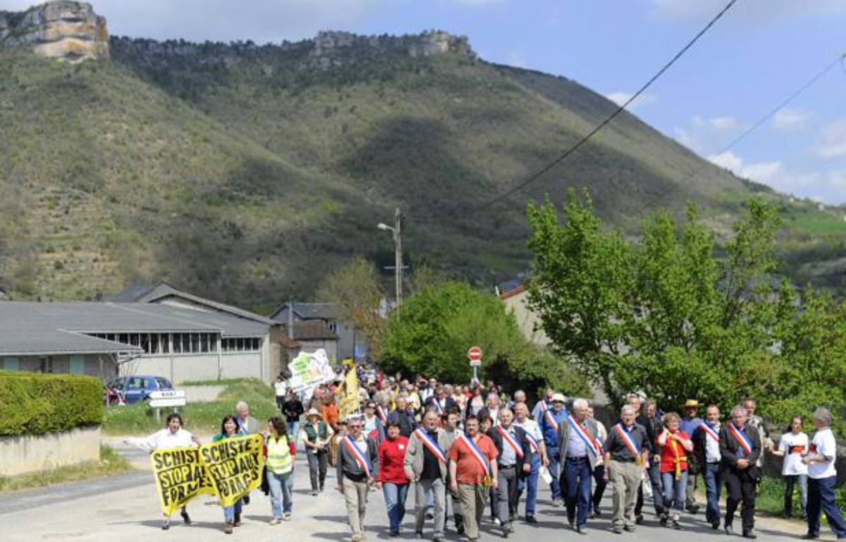 Manifestation contre les gaz de schiste, le 17 avril 2011 à Nant, dans l'Ardèche. – DAMOURETTE/SIPA