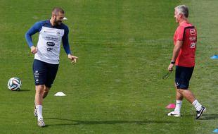 Karim Benzema et Didier Deschamps lors de la Coupe du monde 2014 au Brésil.