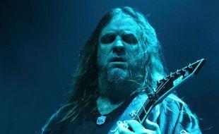 Le guitariste de Slayer, Jeff Hanneman, ici lors d'un concert en 2010, est décédé le 2 mai 2013.