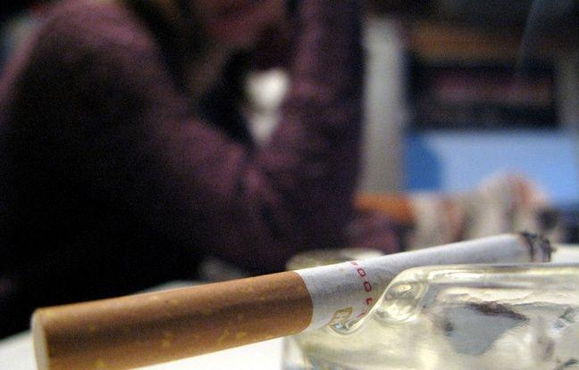 Royaume-Uni: Une entreprise accorde des congés supplémentaires aux salariés non-fumeurs