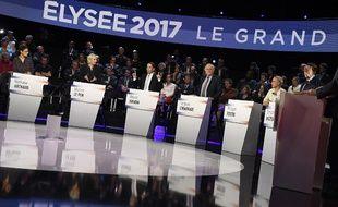 Les candidats à l'élection présidentielle 2017 lors du premier débat à 11, le 4 avril 2017.
