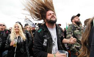 Spectateurs au Hellfest 2014