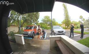 Susan Anderson a donné naissance à sa fille Julia sur le parking de la maternité où elle avait prévu d'accoucher.
