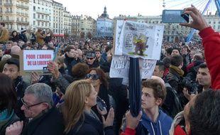 Marche républicaine à Lyon le 11 janvier 2015 pour rendre hommage aux 17 personnes tuées par 3 djihadistes