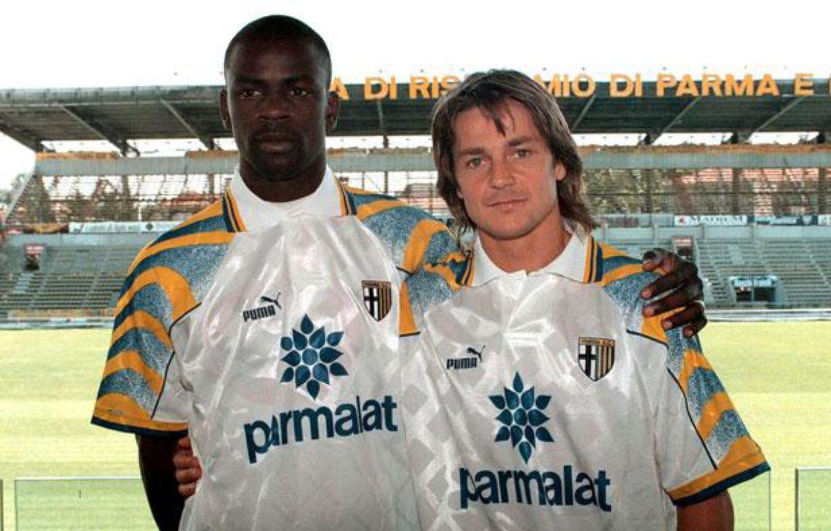 Daniel Bravo sous le maillot de Parme avec Lilian Thuram, en mai 1996. – PEGASO/SIPA