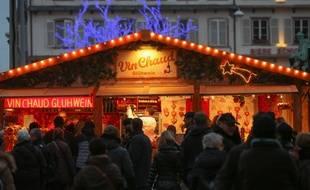 Un stand de vin chaud sur le marché de Noël de Strasbourg. (Illustration)