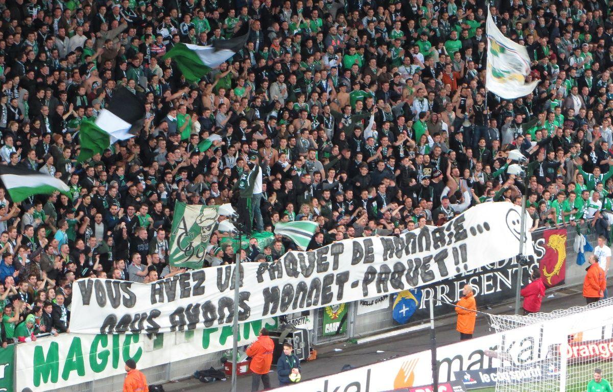 Le jeu de mots autour du nom de l'attaquant stéphanois Kévin Monnet-Paquet a égayé la première période d'ASSE-PSG ce dimanche. – J.Laugier/20 Minutes