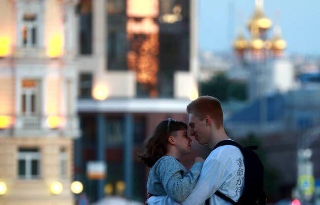 Coronavirus: «Nous vivons au jour le jour»… L'attente sans fin des couples binationaux, séparés par la pandémie