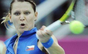 La Russie et la République tchèque sont dos à dos (1-1) en finale de la Fed Cup après les victoires des N.1 de chaque camp, Svetlana Kuznetsova et Petra Kvitova, samedi à Moscou.