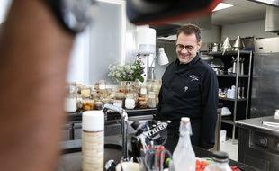 Le cuisinier étoilé Michel Sarran dans la saison 10 de Top Chef.