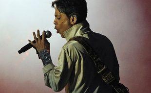 Le chanteur Prince lors d'un concert en Grande-Bretagne en 2011