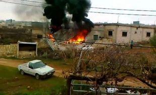L'armée syrienne a pris d'assaut samedi soir Idleb après avoir violemment bombardé cette ville rebelle où 14 civils ont péri, a rapporté une ONG syrienne.
