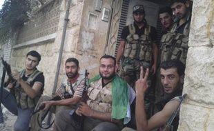 Des membres de l'Armée syrienne libre, le 2 septembre 2012, à Alep (Syrie).