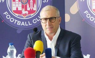 Alain Casanova, l'entraîneur du TFC, lors de l'officialisation de son retour après plus de trois ans d'absence, le 28 juin 2018.