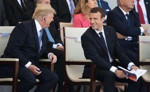 """Résultat de recherche d'images pour """"Macron chef de guerre"""""""