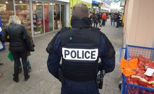 Illustration d'un dispositif policier déployé au centre commercial Italie, à Rennes.