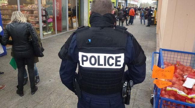 Un homme poignardé devant un centre commercial à Rennes