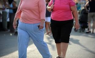 Des jeunes femmes obèses (illustration).