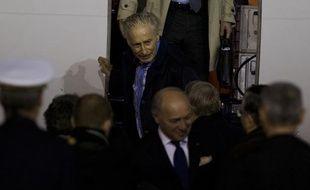 Francis Collomp arrive à l'aéroport de Villacoublay le 18 novembre 2013.