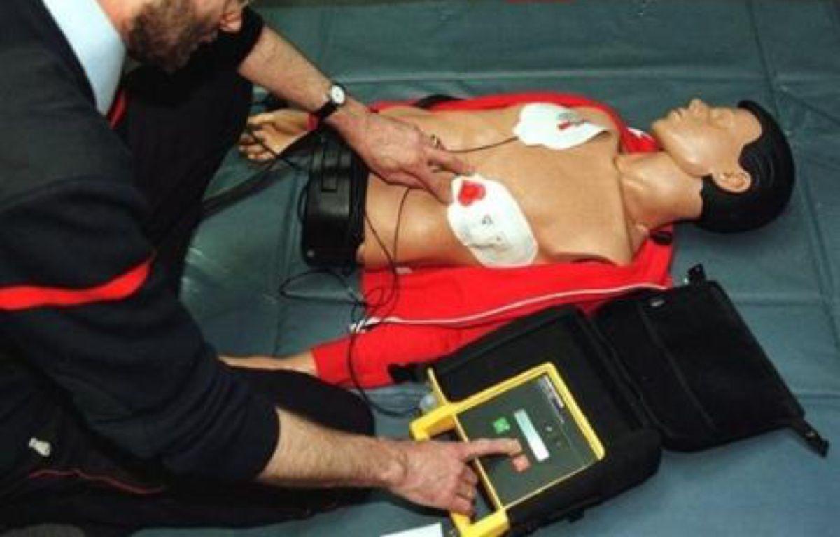 Le casino gersois de Castéra-Verduzan (groupe Vikings casinos) va prochainement se doter d'un défibrillateur destiné à sauver la vie des joueurs victimes d'un malaise cardiaque, a-t-il indiqué mercredi. – Daniel Janin AFP/Archivves