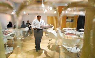 Le restaurant peut accueillir 60 personnes en intérieur et 50 en extérieur.