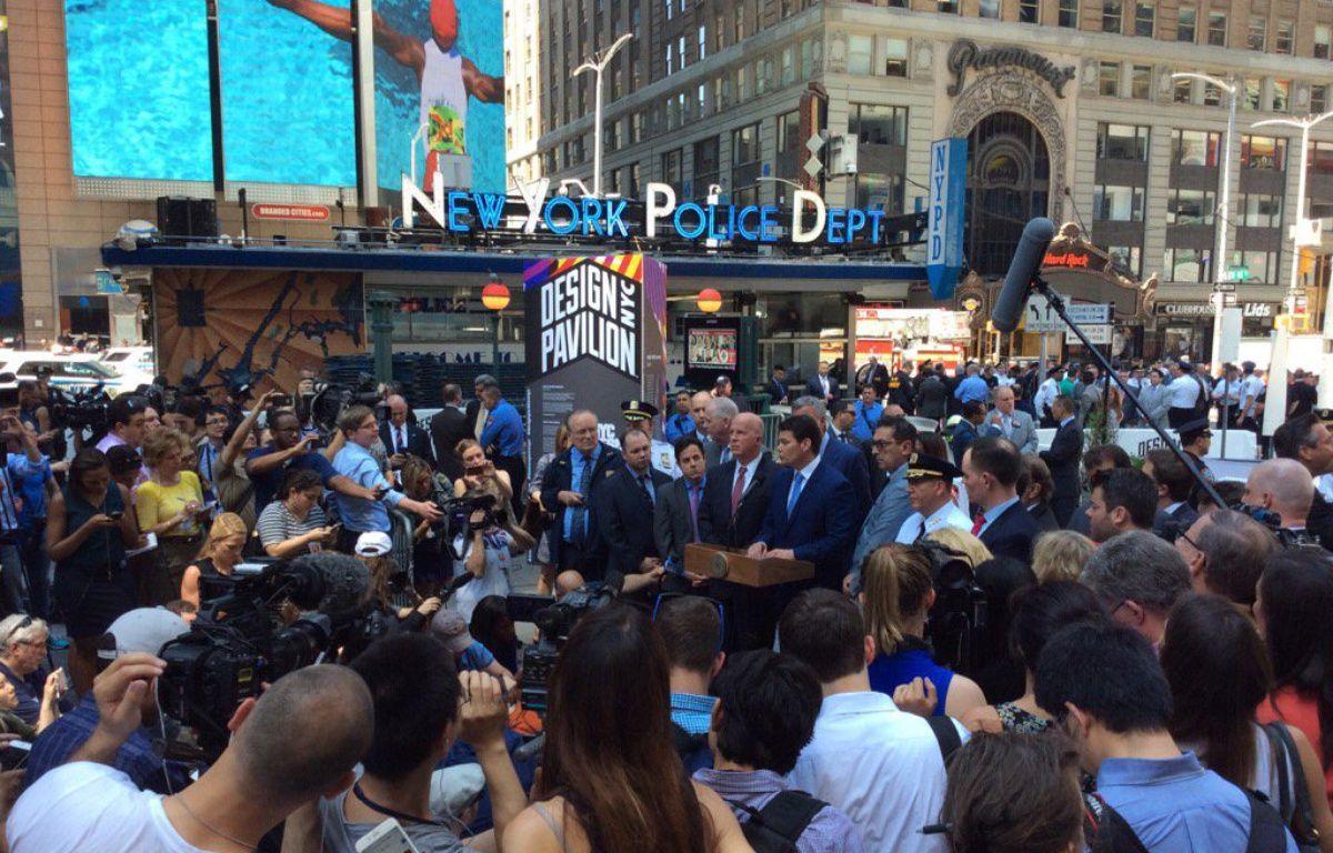 Le maire de New York, Bill de Blasio, et le chef de la police, James O'Neill, ont écarté la piste terroriste après un incident de la circulation qui a fait 1 mort et 22 blessés à Times Square, le 18 mai 2017. – M.LE BLE/ 20 MINUTES