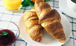 Près de 100.000 enfants devraient pouvoir profiter du petit-déjeuner gratuit d'ici à septembre, en France.