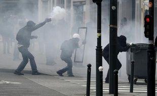 Des heurts à Rennes lors de la manifestation contre la loi travail, le 28 avril 2016