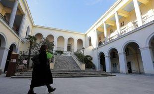 Pressions, menaces ou lassitude, neuf magistrats et juges ont livré leurs souvenirs de leurs passages en Corse au journaliste Jean-Michel Verne.
