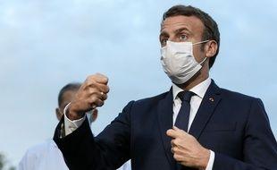 Le président Emmanuel Macron réunira mardi matin un Conseil de défense consacré au Covid-19.