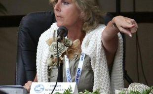 La commissaire européenne chargée du climat Connie Hedegaard a souligné mercredi qu'avoir vu de ses propres yeux l'impact de la montée des eaux sur les petits pays du Pacifique lui avait fait prendre conscience de l'urgence de la situation.