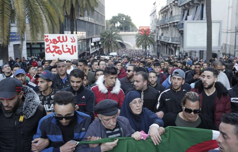 Algérie: Une nouvelle manifestation attendue pour le 9e vendredi de suite